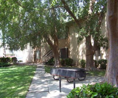 Image of Villa Sierra Apartments