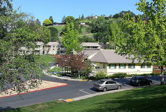 Image of Kings Valley Apartments in Cloverdale, California