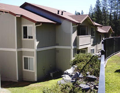 Image of Oak Ridge Apartments in Grass Valley, California