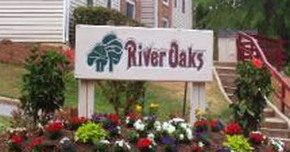Image of River Oaks Apartments