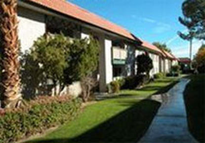 Image of Pacific Palms Apartments in Palm Springs, California