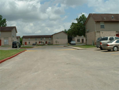 Image of Poesta Creek Apts.