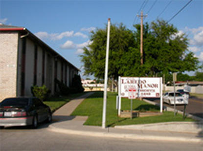 Image of Laredo Manor Apts. in Laredo, Texas