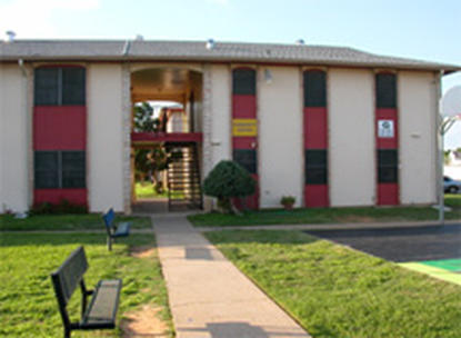 Image of Laredo Manor Apts.