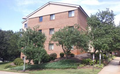 Image of Hillcrest Apartments
