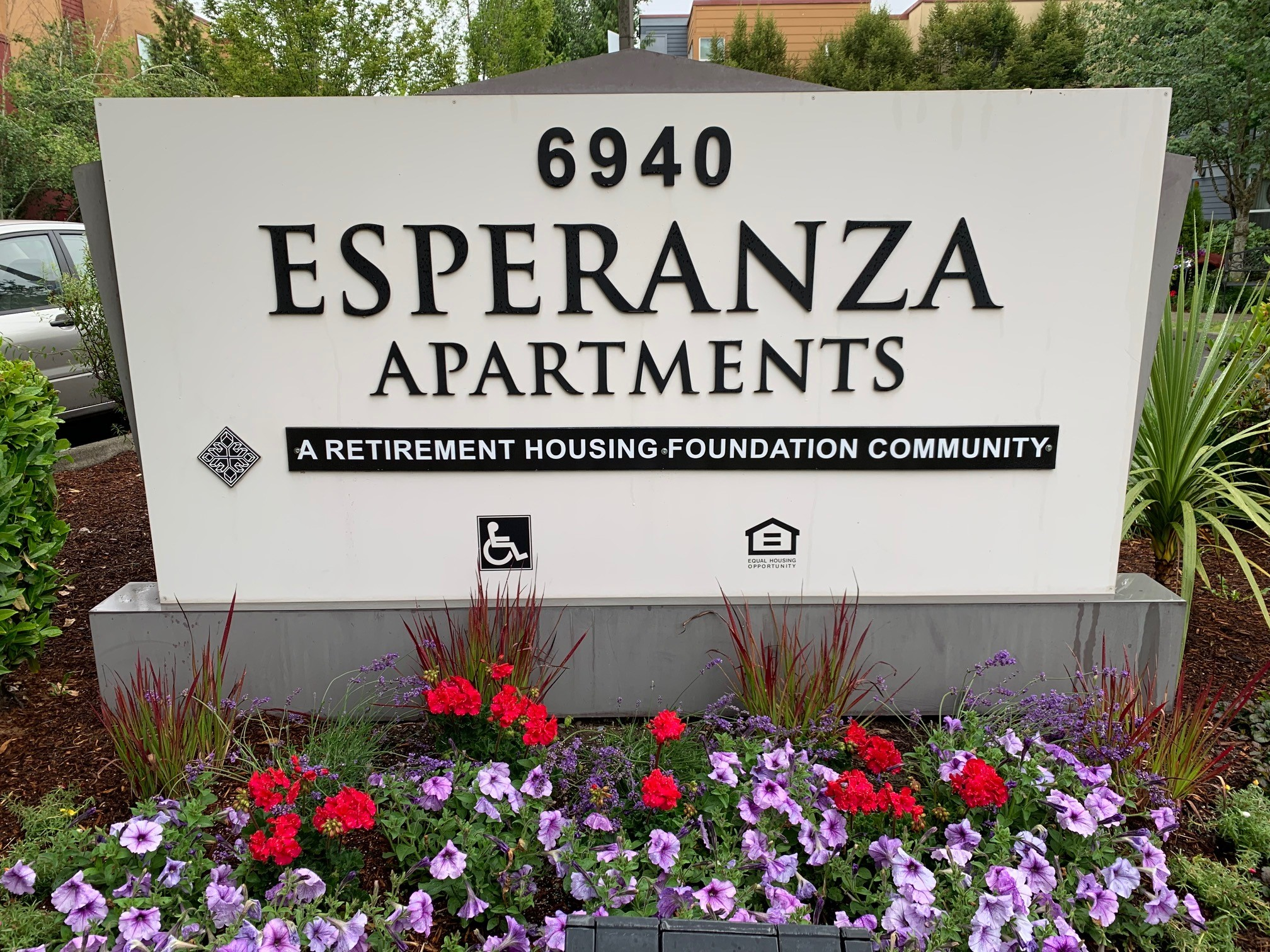 Image of Esperanza Apartments in Seattle, Washington