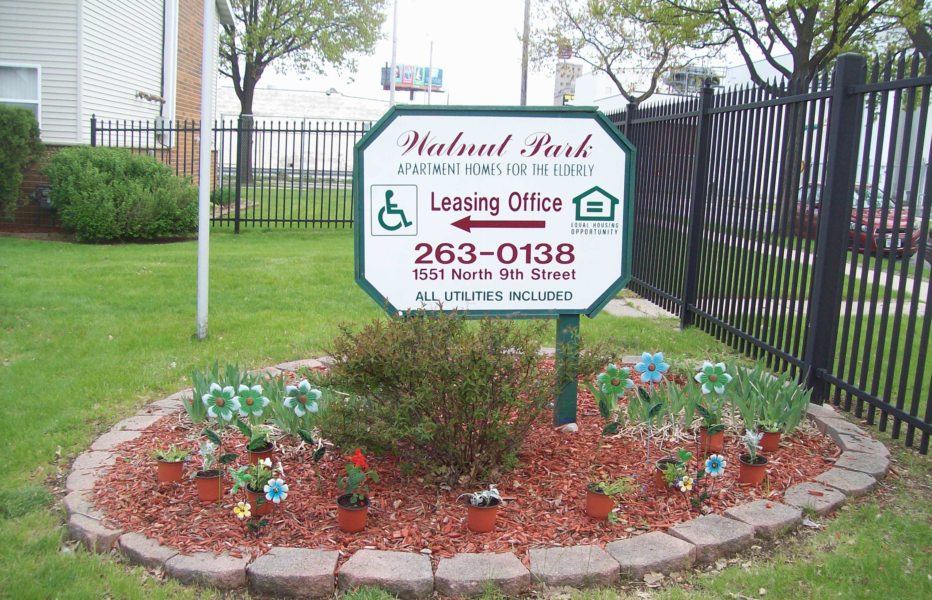 Image of Walnut Park Senior Apartments in Milwaukee, Wisconsin