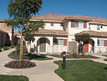 Image of Plaza del Sol Apartments in Simi Valley, California