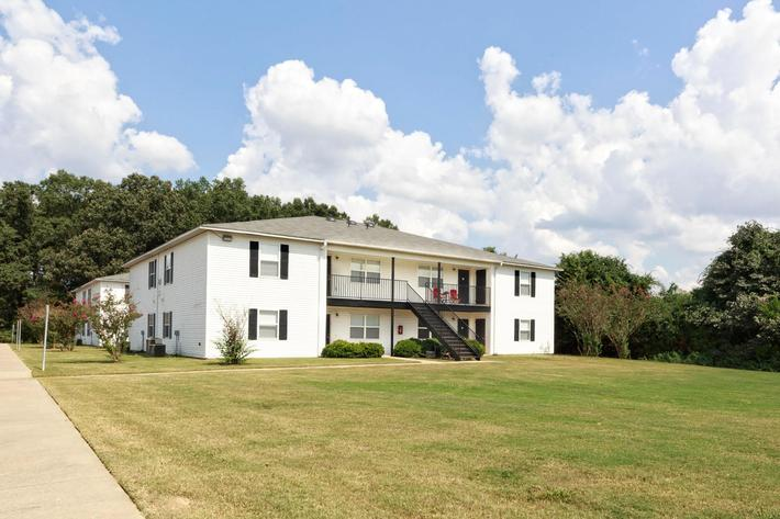 Image of Woodland Oaks Apartments in Conway, Arkansas