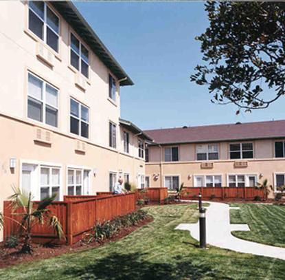 Palm Court | San Jose, CA Low Income Apartments