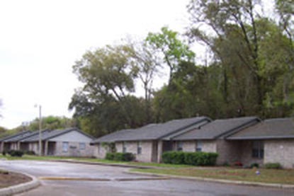 Image of Smith Thomas Court Apartments in Crescent City, Florida