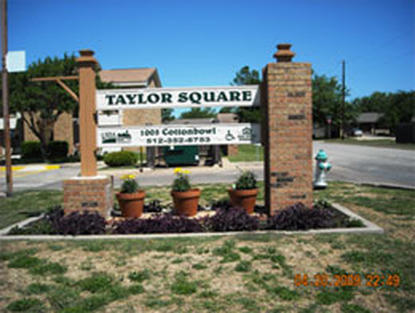 Image of Taylor Square Apts in Taylor, Texas
