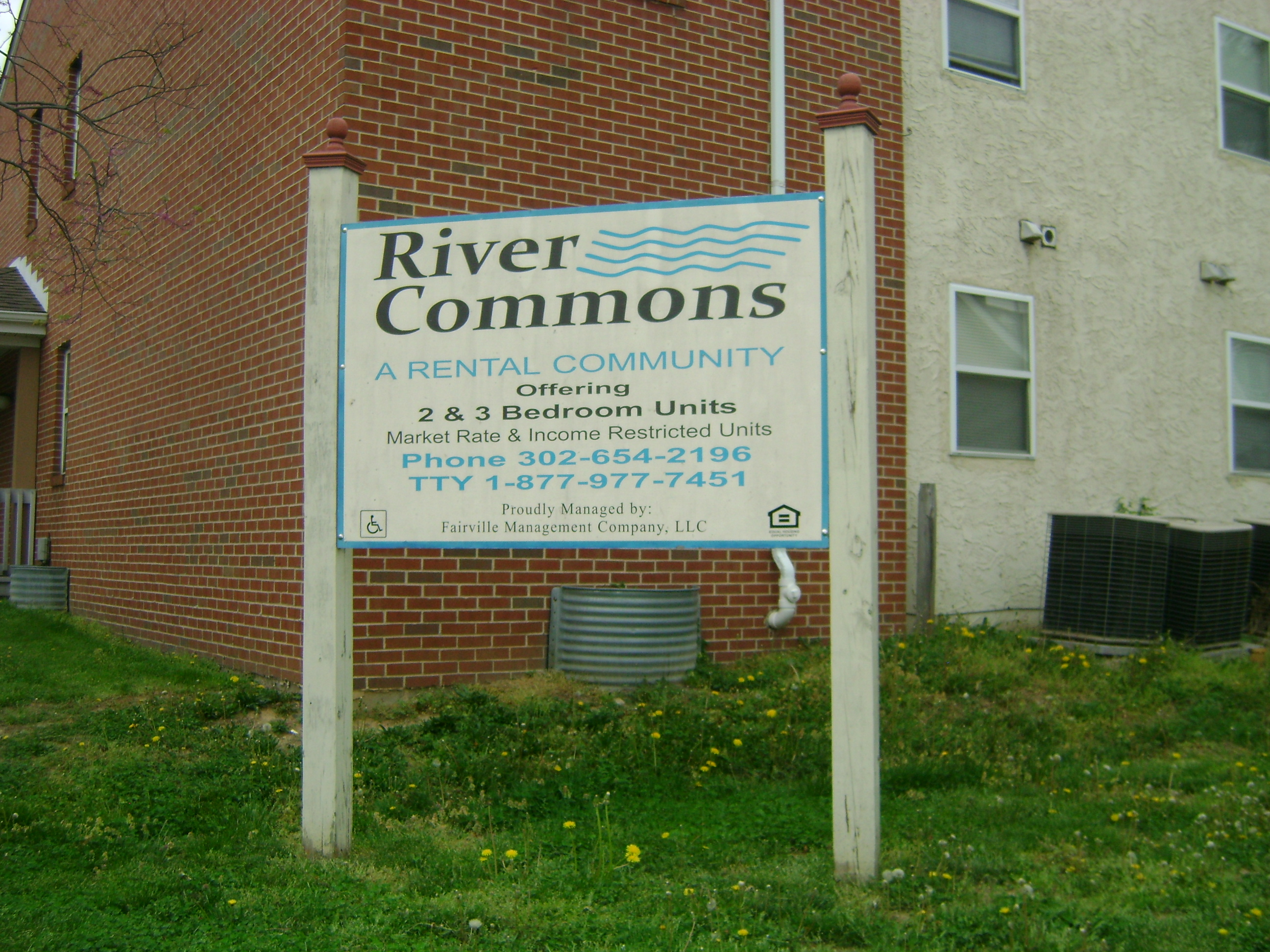 Image of River Commons Apartments