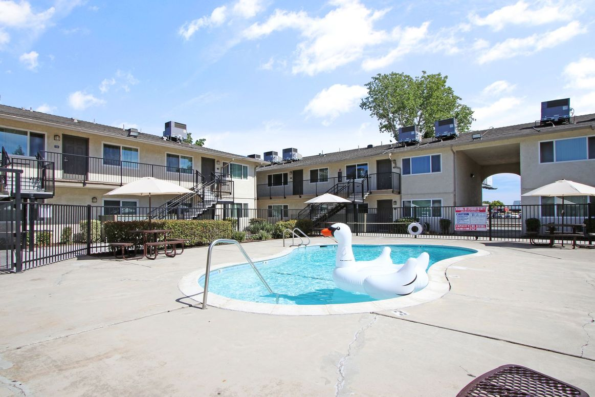 Image of Meridian Pointe Apartments