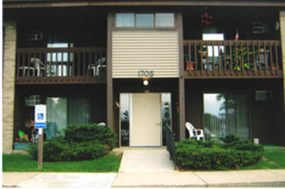 Image of Sycamore Meadow Apartments in Sycamore, Illinois