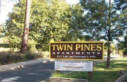 Image of Twin Pines Apartments