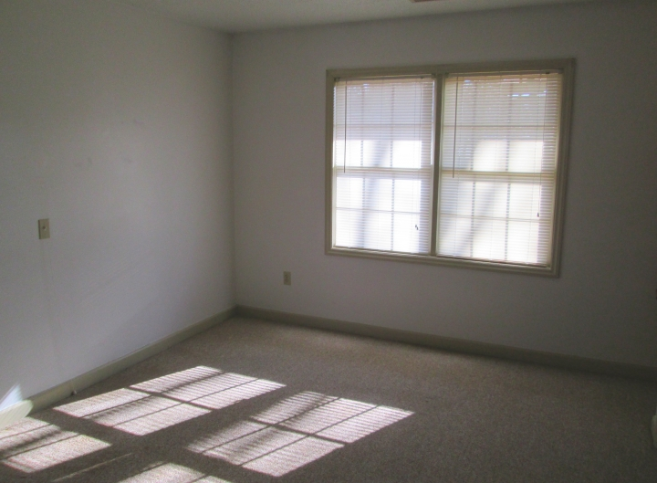 Image of Old Orchard Place Apartments