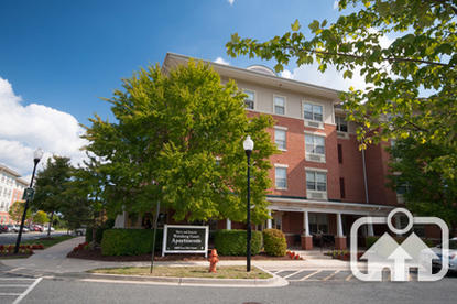 Image of Harry and Jeanette Weinberg Court Apartments