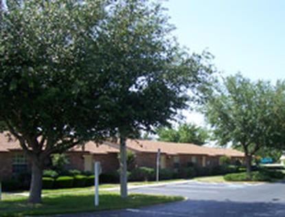 Image of Lakebreeze Apartments in Tavares, Florida