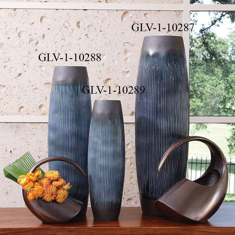 Global Views 110288 Matchstick Ink Transitional Vase Medium Glv 1