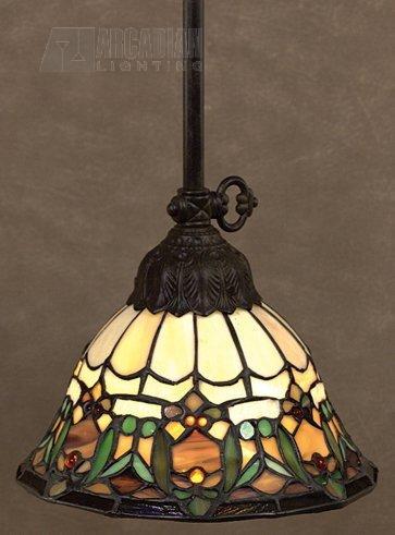 Delacroix Traditional Tiffany Mini Pendant Light