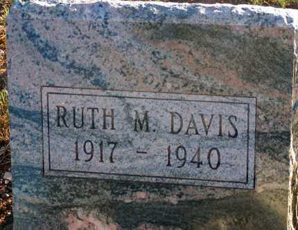 DAVIS, RUTH M. - Apache County, Arizona | RUTH M. DAVIS - Arizona Gravestone Photos
