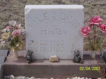 HINTON, KYLE S DAVIS - Apache County, Arizona | KYLE S DAVIS HINTON - Arizona Gravestone Photos