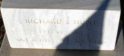 HUNT, RICHARD S. - Apache County, Arizona | RICHARD S. HUNT - Arizona Gravestone Photos
