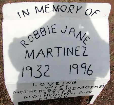 MARTINEZ, ROBBIE JANE - Apache County, Arizona | ROBBIE JANE MARTINEZ - Arizona Gravestone Photos