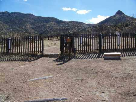 *FORT BOWIE, CEMETERY GATE - Cochise County, Arizona | CEMETERY GATE *FORT BOWIE - Arizona Gravestone Photos
