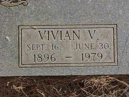 NEEDHAM STAGGS, VIVIAN VIRGINIA - Gila County, Arizona   VIVIAN VIRGINIA NEEDHAM STAGGS - Arizona Gravestone Photos