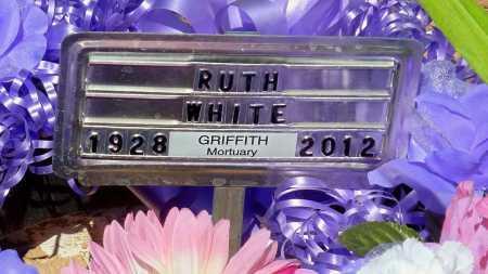 WILLIAMS WHITE, RUTH ANNABELL - Gila County, Arizona | RUTH ANNABELL WILLIAMS WHITE - Arizona Gravestone Photos