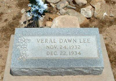 LEE, VERAL DAWN - Graham County, Arizona | VERAL DAWN LEE - Arizona Gravestone Photos