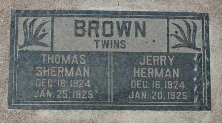 BROWN, THOMAS SHERMAN (TWIN) - Maricopa County, Arizona | THOMAS SHERMAN (TWIN) BROWN - Arizona Gravestone Photos