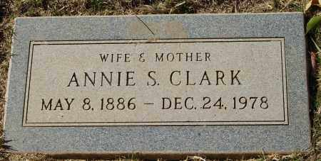 CHRISTOPHER CLARK, ANNIE - Maricopa County, Arizona   ANNIE CHRISTOPHER CLARK - Arizona Gravestone Photos
