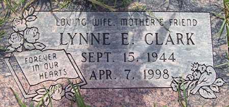 CLARK, LYNNE E. - Maricopa County, Arizona | LYNNE E. CLARK - Arizona Gravestone Photos