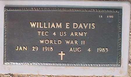 DAVIS, WILLIAM E. - Maricopa County, Arizona | WILLIAM E. DAVIS - Arizona Gravestone Photos