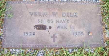 DILK, VERN W. - Maricopa County, Arizona | VERN W. DILK - Arizona Gravestone Photos