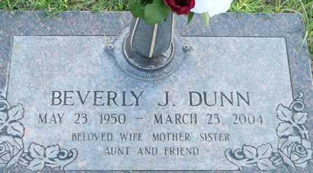 DUNN, BEVERLY J. - Maricopa County, Arizona | BEVERLY J. DUNN - Arizona Gravestone Photos