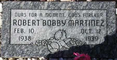 "MARTINEZ, ROBERT ""BOBBY"" - Maricopa County, Arizona | ROBERT ""BOBBY"" MARTINEZ - Arizona Gravestone Photos"