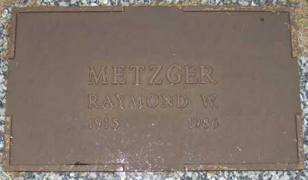 METZGER, RAYMOND W. - Maricopa County, Arizona | RAYMOND W. METZGER - Arizona Gravestone Photos