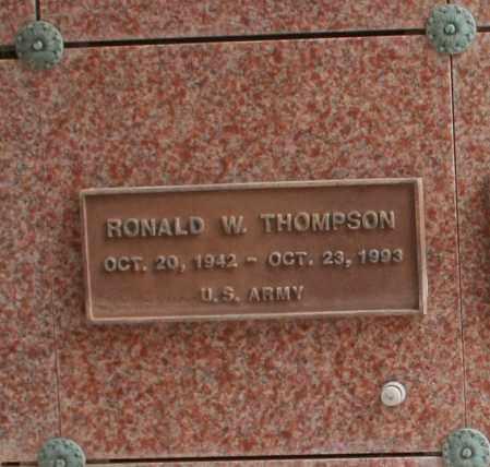 THOMPSON, RONALD W. - Maricopa County, Arizona | RONALD W. THOMPSON - Arizona Gravestone Photos