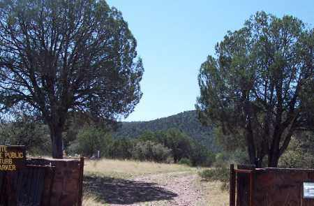 *FORT APACHE, CEMETERY OVERVIEW - Navajo County, Arizona | CEMETERY OVERVIEW *FORT APACHE - Arizona Gravestone Photos