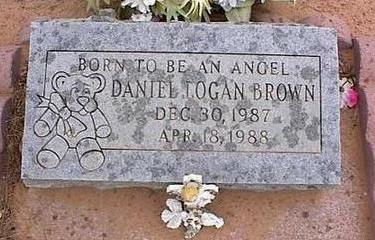 BROWN, DANIEL LOGAN - Pinal County, Arizona | DANIEL LOGAN BROWN - Arizona Gravestone Photos