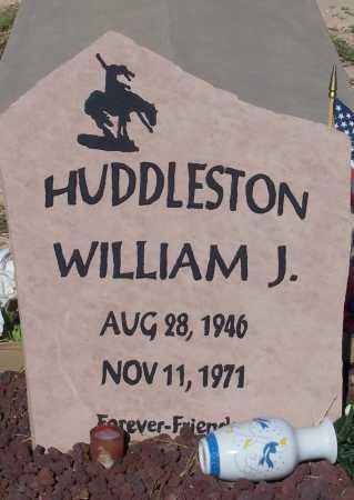 HUDDLESTON, WILLIAM J. - Pinal County, Arizona | WILLIAM J. HUDDLESTON - Arizona Gravestone Photos