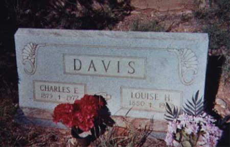 DAVIS, LOUISE H. - Santa Cruz County, Arizona | LOUISE H. DAVIS - Arizona Gravestone Photos