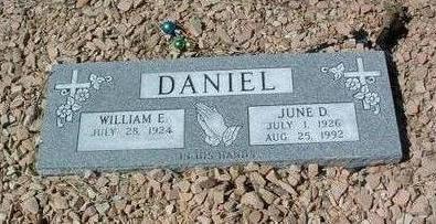 DANIEL, WILLIAM E. - Yavapai County, Arizona | WILLIAM E. DANIEL - Arizona Gravestone Photos