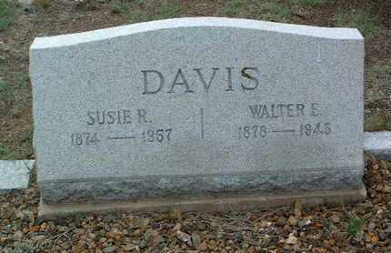 DAVIS, WALTER EDWIN - Yavapai County, Arizona | WALTER EDWIN DAVIS - Arizona Gravestone Photos