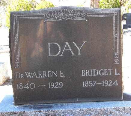 DAY, WARREN ERASMUS (DR.) - Yavapai County, Arizona   WARREN ERASMUS (DR.) DAY - Arizona Gravestone Photos