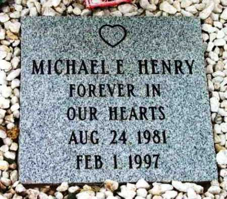 HENRY, MICHAEL E. - Yavapai County, Arizona | MICHAEL E. HENRY - Arizona Gravestone Photos